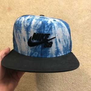 Nike SB blue SnapBack Hat